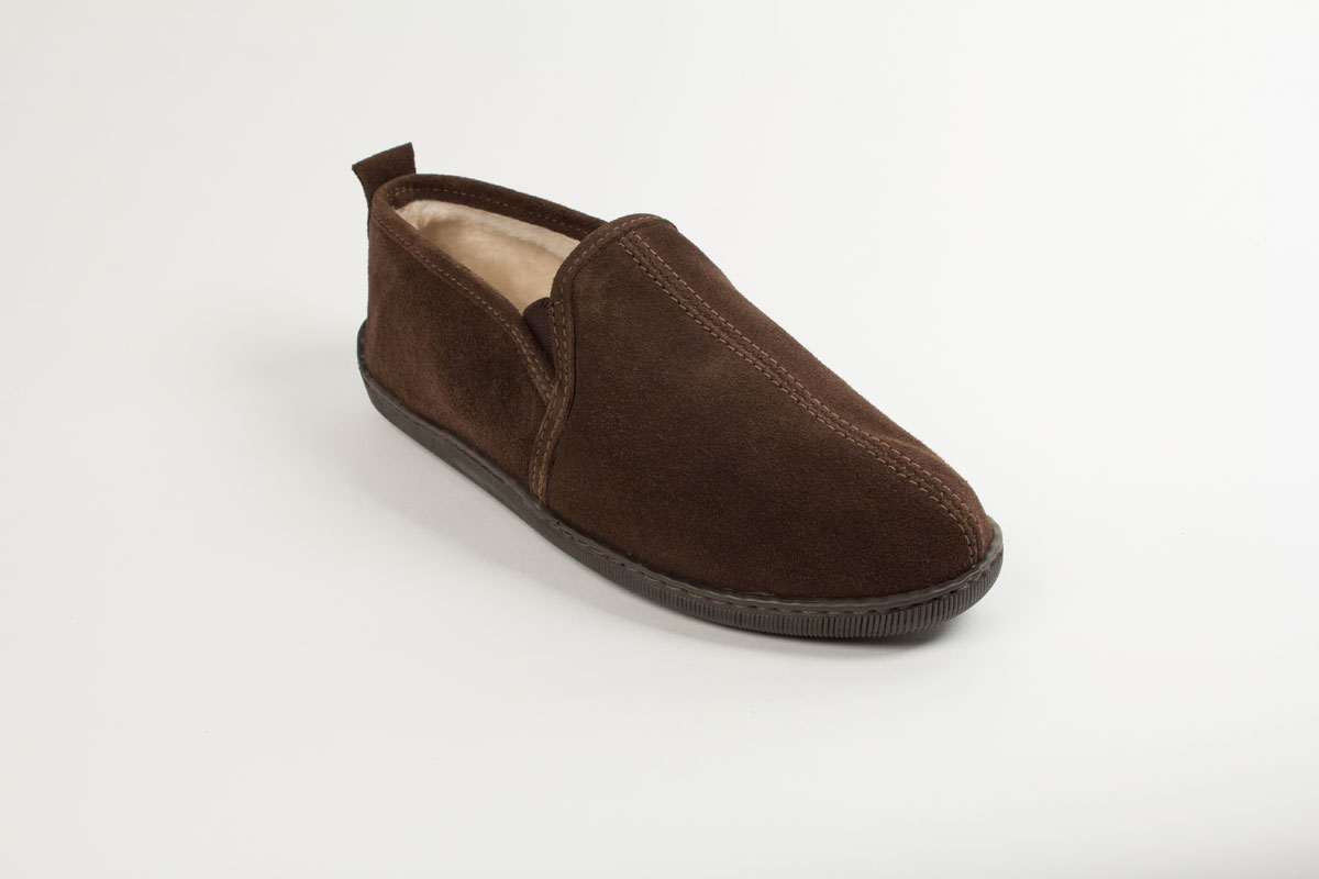 Minnetonka Men's Pile Lined Romeo Slipper